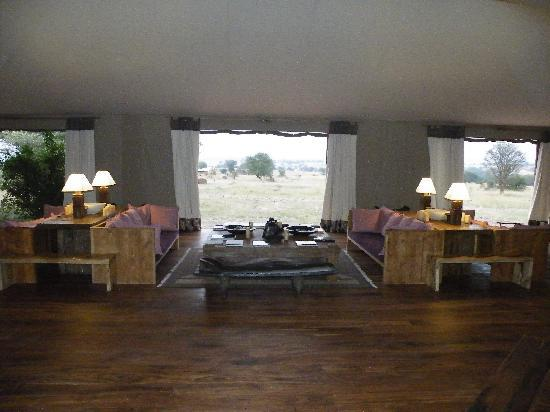 Sayari Camp, Asilia Africa : Main Lounge