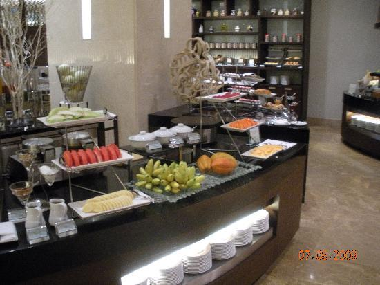 Le Meridien Chiang Mai: Breakfast Bar