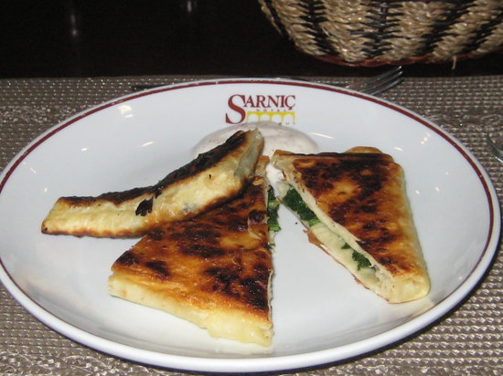 Sarnic Hotel Turkish Cooking Class: Flatbread With Spinch