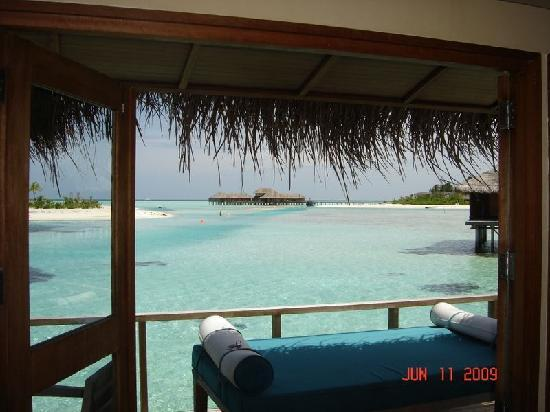Anantara Veli Maldives Resort: Our lovely backyard