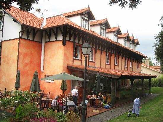 Hotel Torres de Somo: Terrace