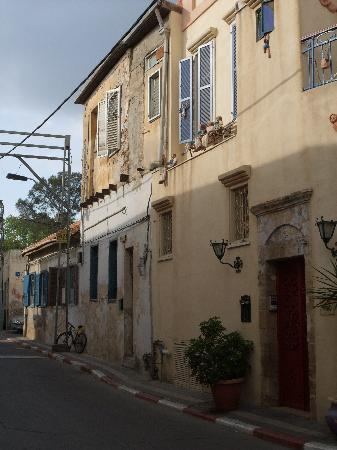 Israel: Old meets artistic new in Neveh Tzedek