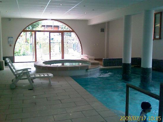 Piscine picture of madame vacances residence cami real - Piscine saint lary soulan ...