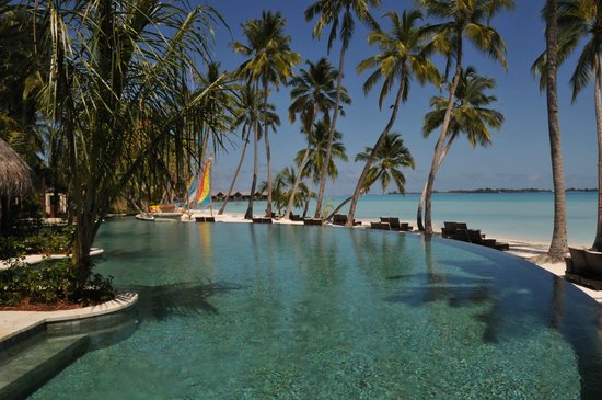 Shangri-La's Villingili Resort and Spa Maldives: Main Pool