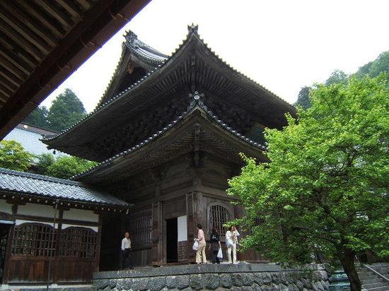 Daihonzan Eiheiji Temple: 仏殿