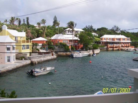 Bermuda: the amazing view from the balcony, even in the hot afternoon