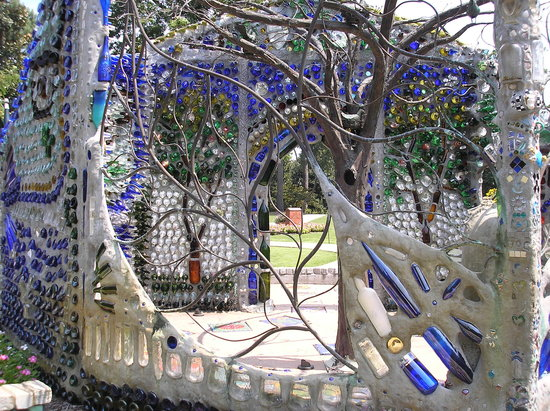 Front Street Inn: Minnie Evans Bottle Gazebo at Airlie Gardens; a must visit!