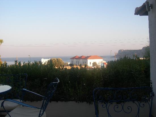 Lindos Sun Hotel : la vista dal ristorante di sera