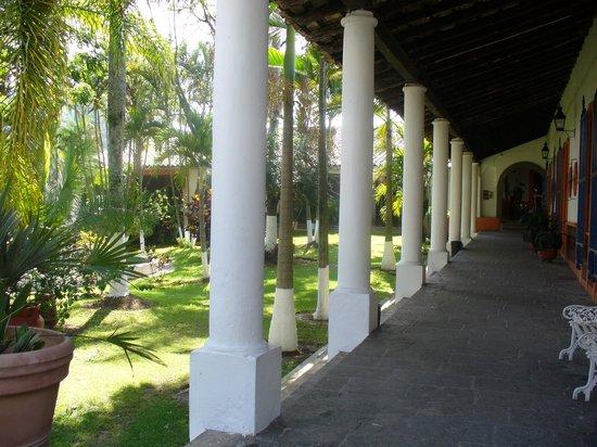 Hotel Zimpizahua: Hermosos jardines en la Hacienda Zimpizahua