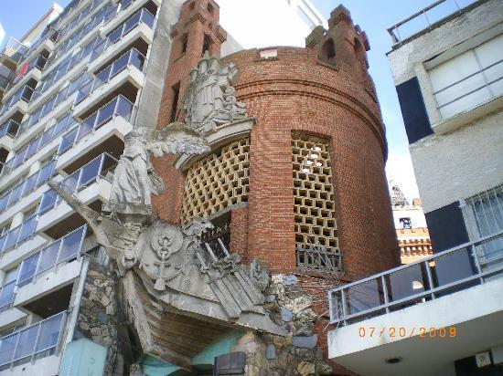Montecristo/Castillo Pittamiglio: Back entrance to Alchemist's museum off Rambla Gandi