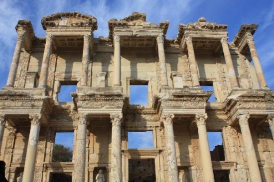 Facade - Picture of Celsus Kutuphanesi, Selcuk - TripAdvisor