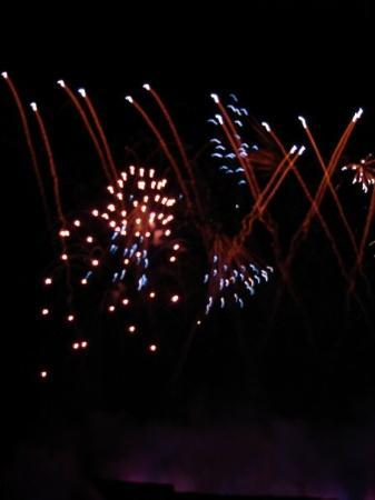 Longwood Gardens: Longwood Garden's fireworks and fountain show choreographed with Tchaikovsky's Classical Music