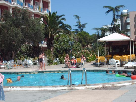 Gran Hotel Don Juan : une vue du côté piscine pour enfants