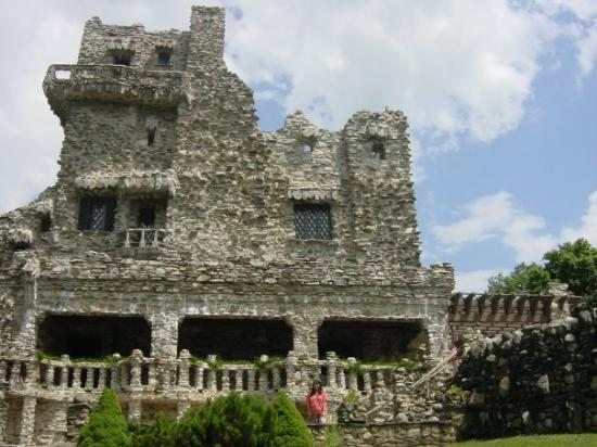 East Haddam, CT: Gilettes Castle - July 17, 2004