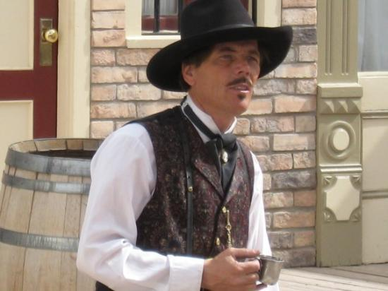Tombstone, AZ: Doc Holliday again....love this picture, so real