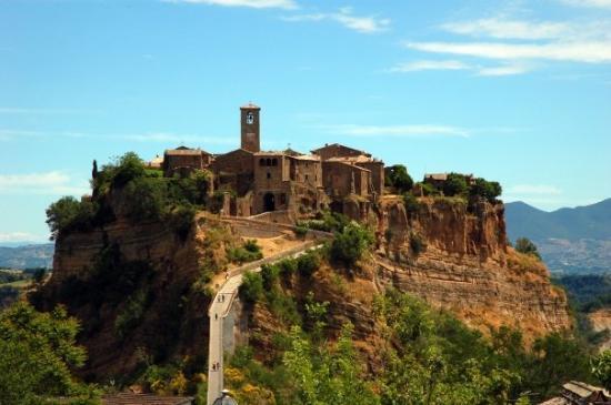 Civita Bagnoreggio - Picture of Bagnoregio, Province of Viterbo ...