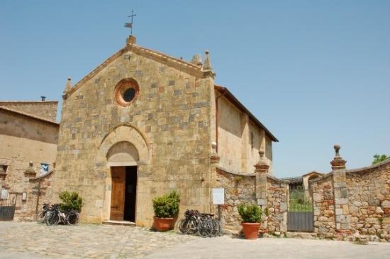 Romanesque church in Monteriggioni.