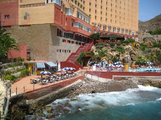 Vista Del Hotel Desde El Jardin Picture Of Diverhotel