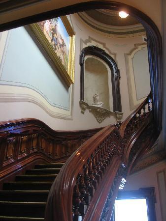 Crocker Art Museum: stairs