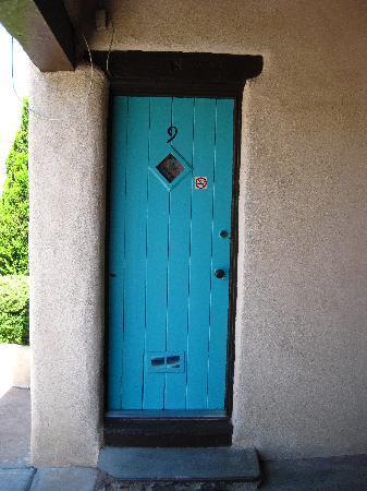 King's Rest Court: Our door