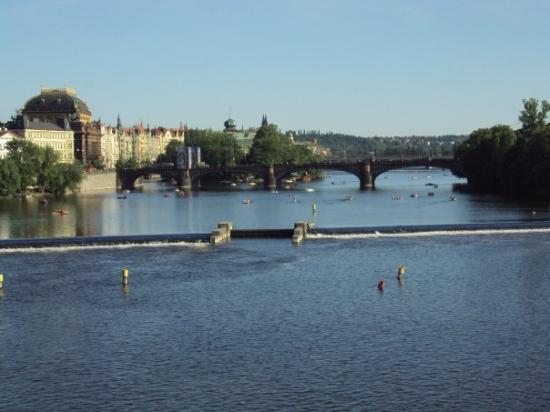 Prague, Czech Republic: Puente San Carlos Praga