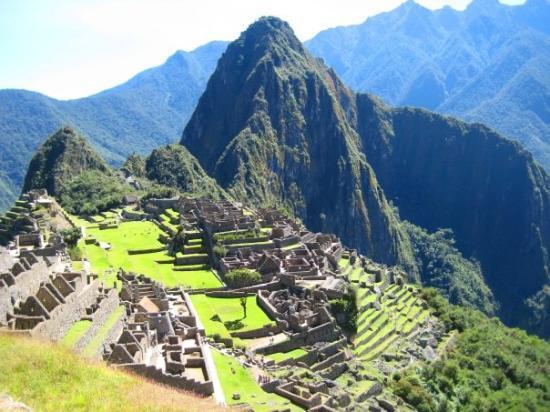 Guided Tour For Machu Pichu
