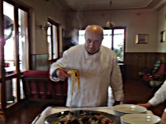 """Vico Equense, Italy: Da Renato """"o' capobanda"""" un ristoratore d'eccezione, cucina tipica e familiare. A Moiano in pie"""
