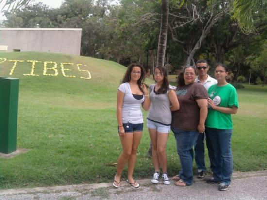 Tibes Indian Ceremonial Center: Tibes en Ponce, PR