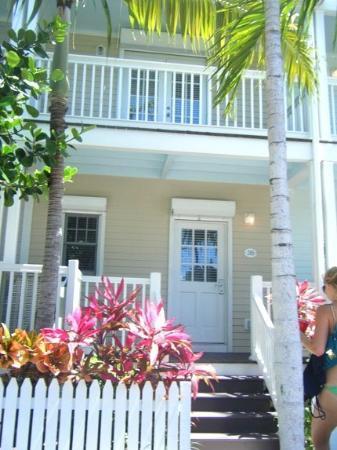 Hawks Cay Resort: my dad's condo = paradise
