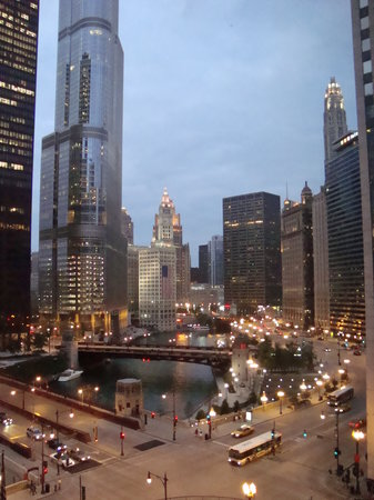 Renaissance Chicago Downtown Hotel: Hotel Room View