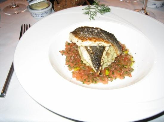 Dubai, Vereinigte Arabische Emirate: the dinner at dxb burdeaux