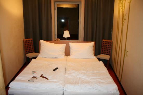 Villa St. Tropez: room