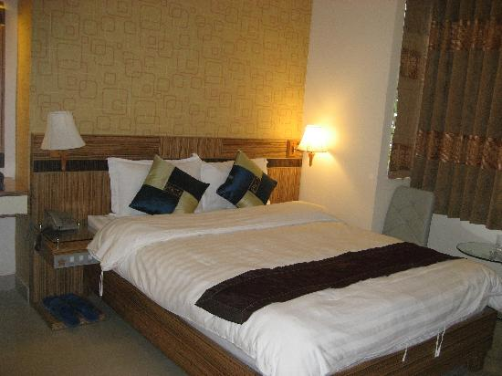 City Star Hotel: Bed