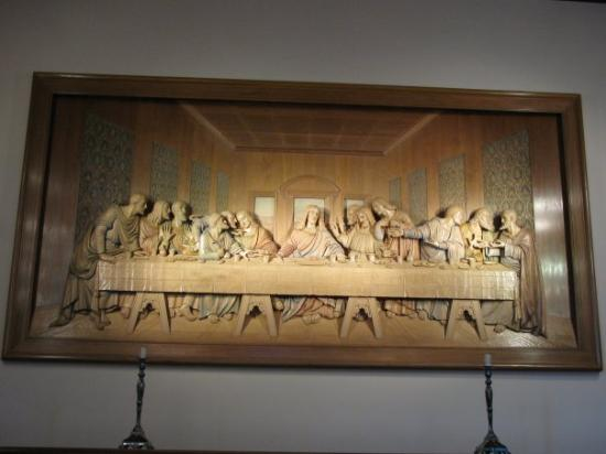 Awesome woodcarving of Da Vicis The Last Supper Picture of Upper