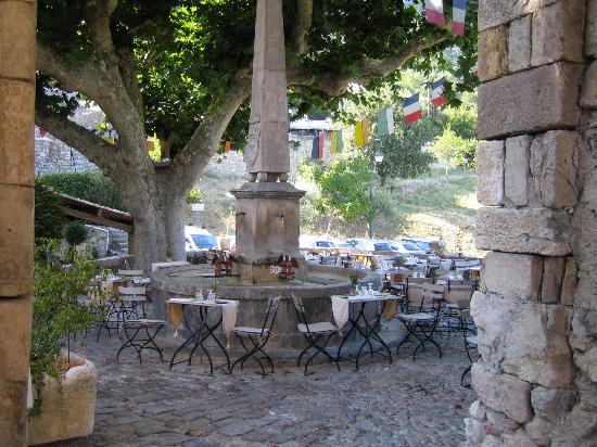 Hotel Restaurant des Deux Rocs: La terrasse