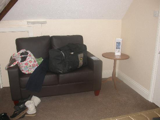 The Swanage Haven: Spacious enough for a sofa