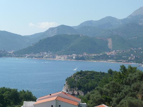 Hotel Adrovic: View over the coast towards Budva