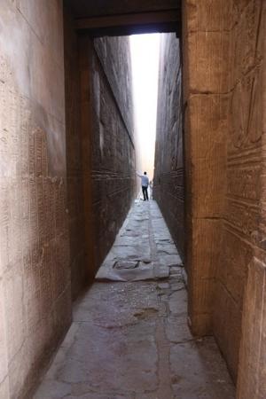 Ljus & ljusshow i Karnak-templet (Luxor) - Picture of