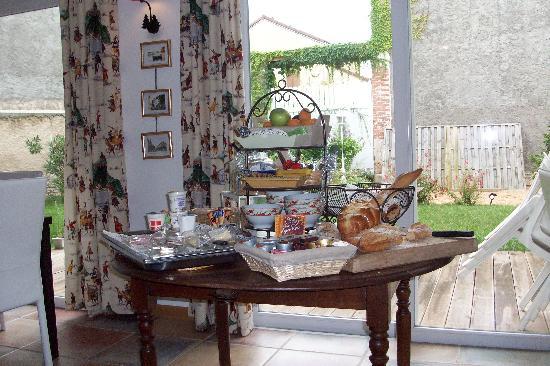 Logis A La Villa Boucicaut: Desayuno