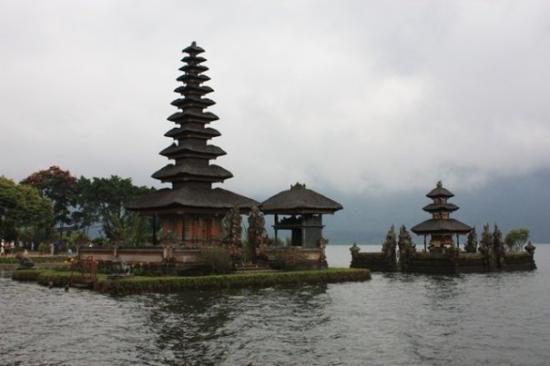 Tabanan, Indonesië: Pura Ulundanu