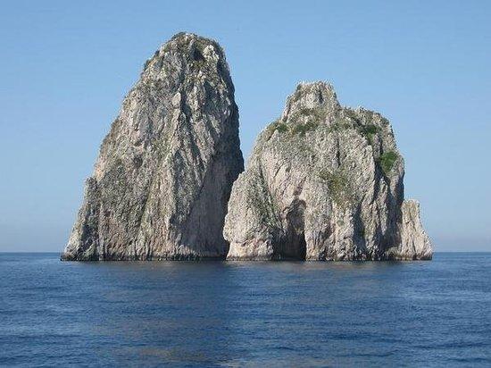 I Faraglioni : the Faraglioni at Capri