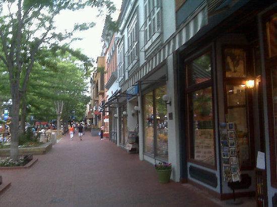 Pearl Street Mall