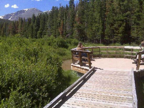 Beaver Meadows Visitor Center: The little sitting area at Beaver Meadows