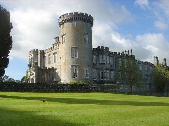 Newmarket-on-Fergus, Ireland: Dromoland Castle near Limerick, Ireland