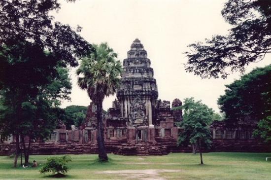 phimai thailand - Picture of Prasat Hin Phimai (Phimai ...