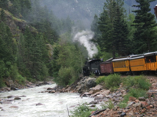 Durango and Silverton Narrow Gauge Railroad and Museum: Taking on water