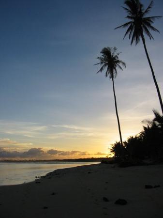 Tanu Beach Fales Photo