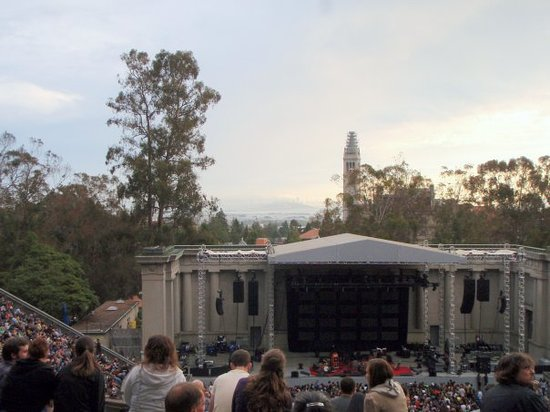‪Greek Theater‬