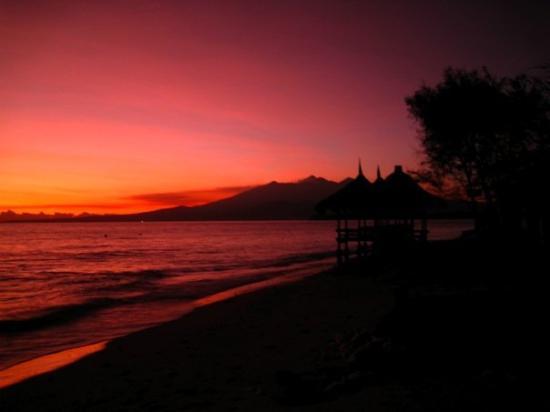 Gili Trawangan, Indonesia: ...and sunrise