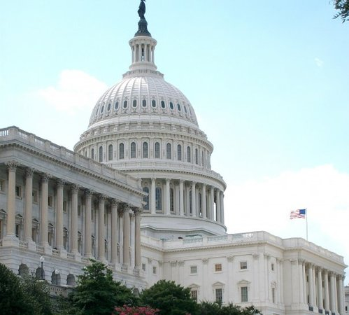 U.S. Capitol: Capitol building from the side. It looks like a professional did it! (but I did it, and I have N